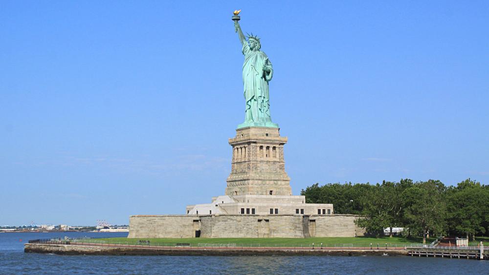 Top La Statue de la Liberté est en quoi ? - Enigme Facile OS92