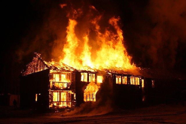 Enigme ecole boulangerie feu incendie